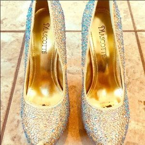 Shoes - Sparkly Rhinestone Pumps